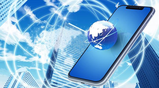 不特定多数の人に受信される事が想定される電気通信を特定電気通信という