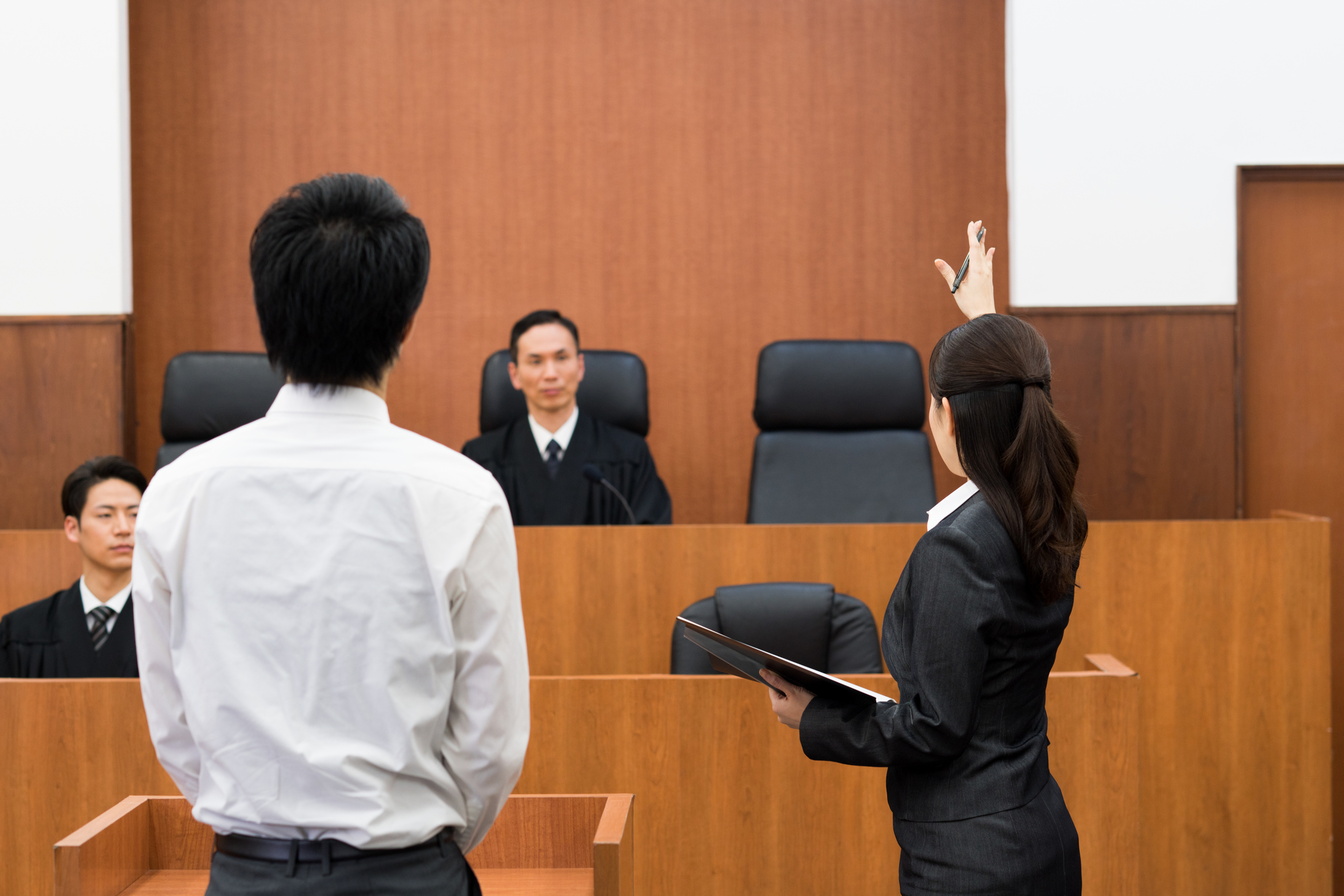 弁護士の誹謗中傷対処の評判に注意