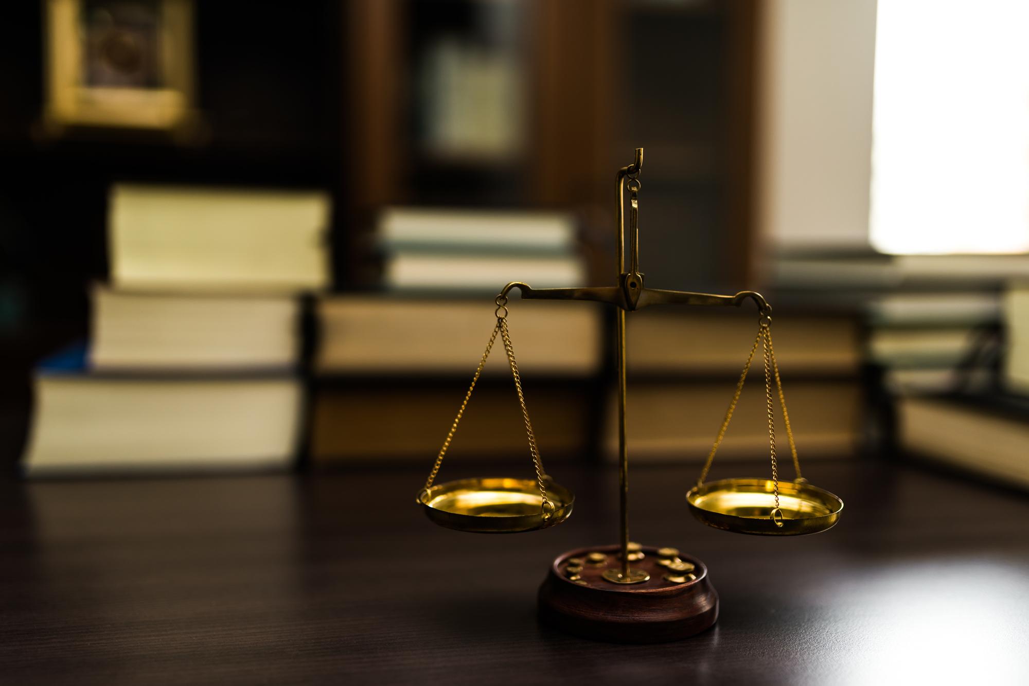 弁護士の誹謗中傷削除