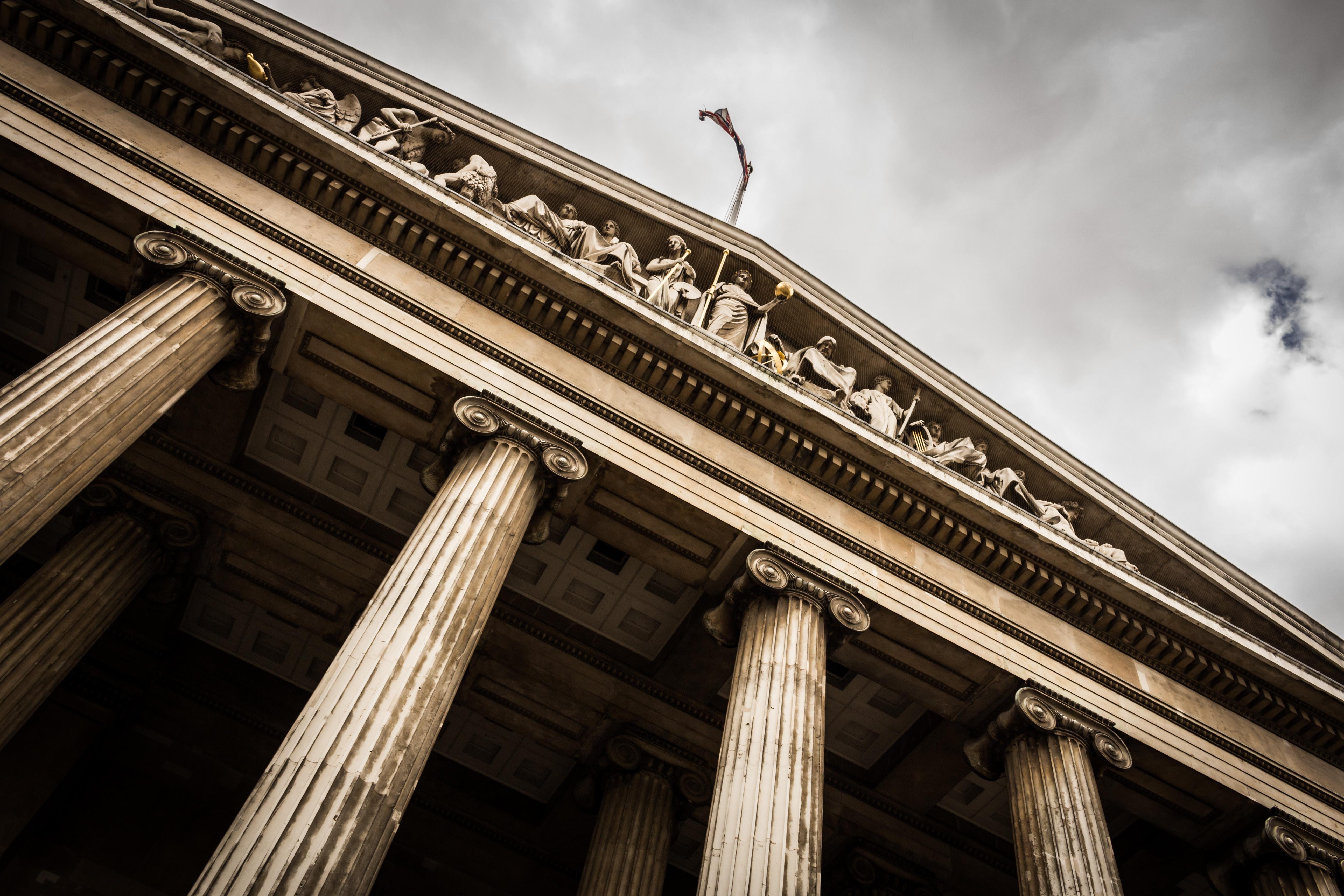 インターネットによる誹謗中傷の法的解決を行う弁護士